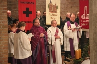 Begrüßung von Pfarrer Heio Weishaupt und Pater Charly sowie Messdienerneuaufnahme in St. Joseph